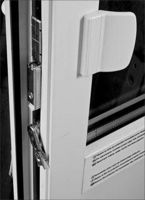 роликовая защелка для балконной двери пвх