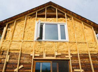 утепление деревянного дома с помощью утеплителя