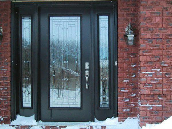 входная дверь для загородного дома со стеклом от Берез
