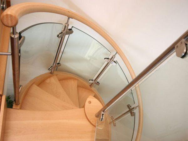 деревянные поручни для лестниц от Krause