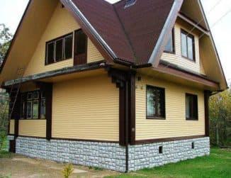 обшить деревянный дом снаружи профнастилом фото
