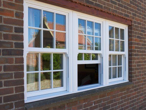 алюминиевые вертикально-раздвижные окна на балкон
