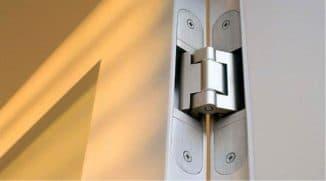 как смазать неразъемные дверные петли