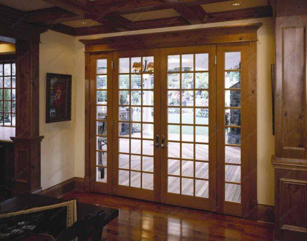 входные деревянные двери для загородного дома со стеклом