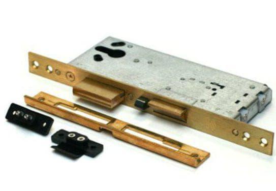 электромеханический врезной замок для деревянной входной двери