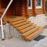 Удобная ширина маршей и ступеней лестницы в частном доме в соответствии со стандартами