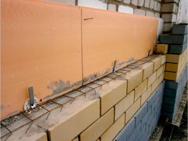 пенополистирол для утепления кирпичной стены