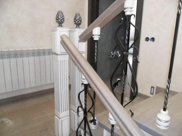 деревянные поручни для лестниц от Harvia