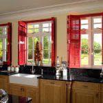 Как выбрать ставни на деревянные окна