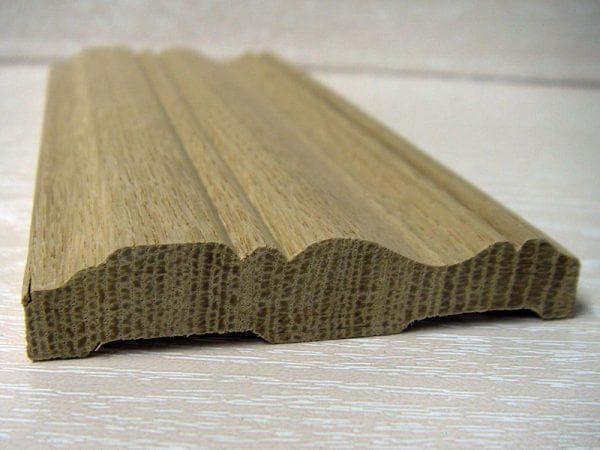деревянный наличник из дуба на двери