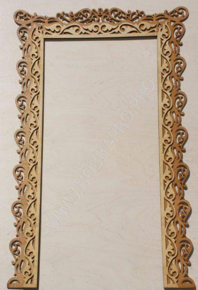 деревянные наличники на двери с рельефным узором