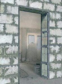 Дверной проем входной двери