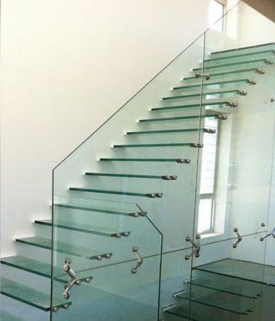 стеклянные ограждения для лестницы от Pro-Line
